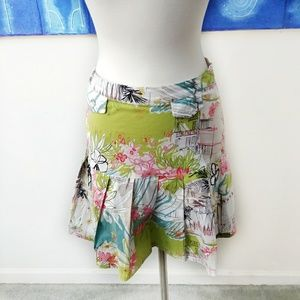 Vanity Petite Pleated Floral Mini Skirt